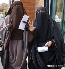 هند.. أول مسلمة تواجه الحُكْم بالسجن لارتداء النقاب في فرنسا